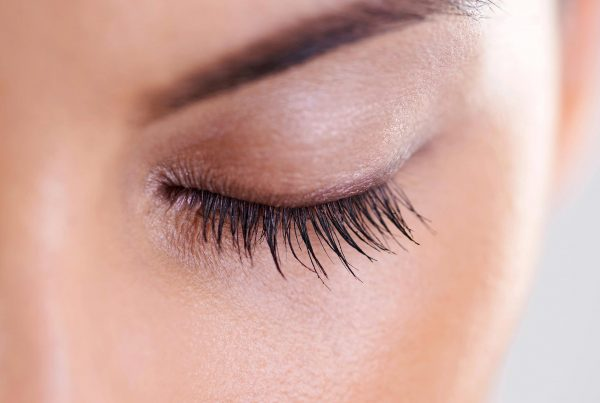 Scarless Ptosis Surgery | London's Leading Cosmetic Eye Surgeon